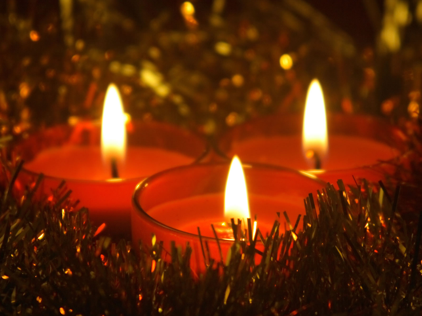 Christmas candles freedom for vietnam